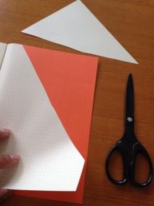 ノートを新しく替えた時は、まず袋ページを作ったり、ミッションを貼ったりする加工を施します